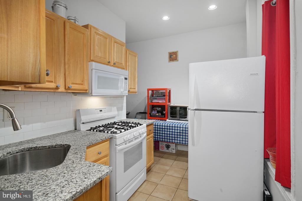 6033 W THOMPSON STREET photo