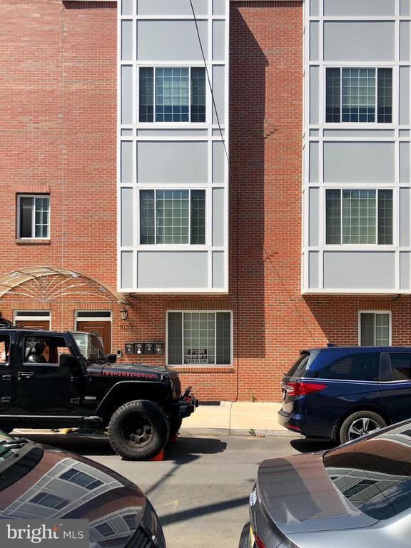 1023 WALLACE STREET Unit: UNIT D photo