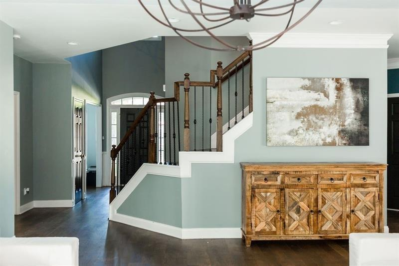 14 COOPERS GLEN Drive preview