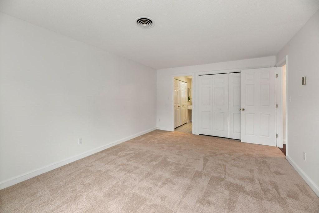 1212 Greendale Ave Unit: 319