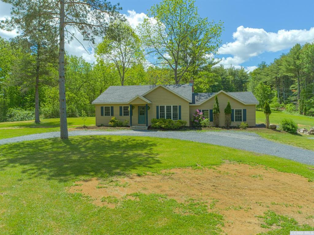 49 Paradise Hill Rd