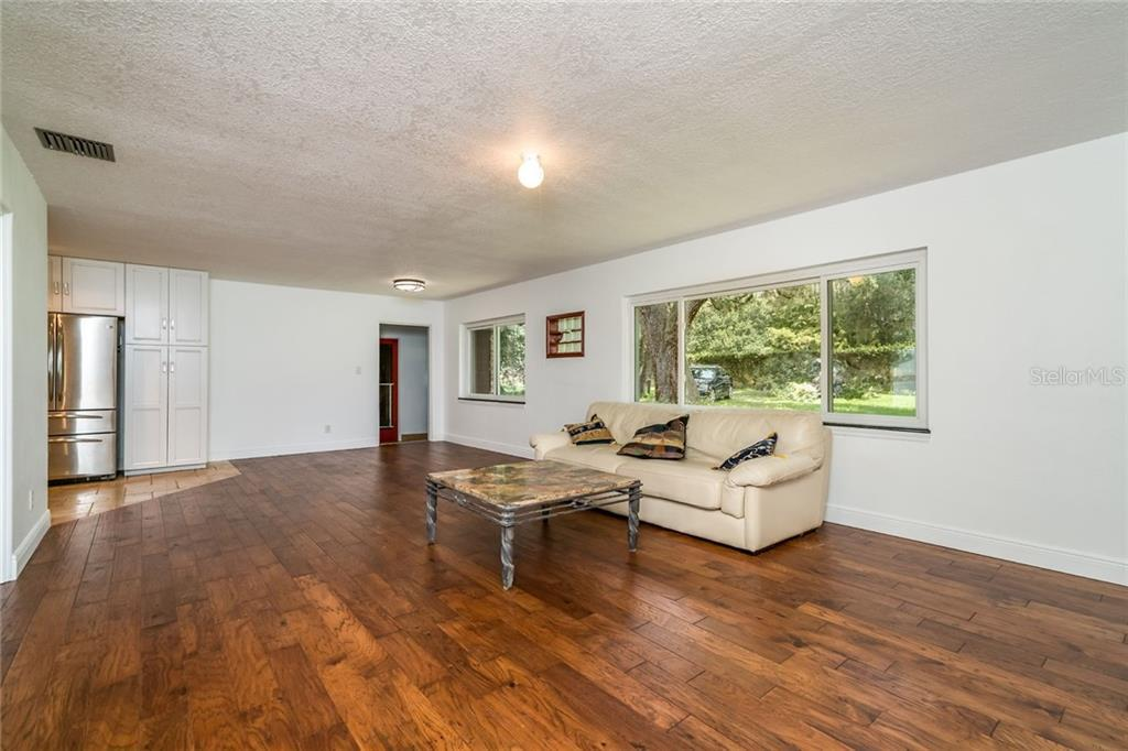 9132 OGILVIE  DRIVE preview