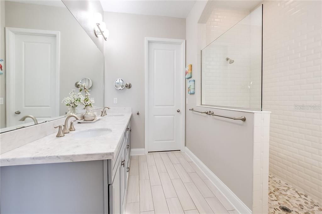 1045 COLLETON  ALLEY preview