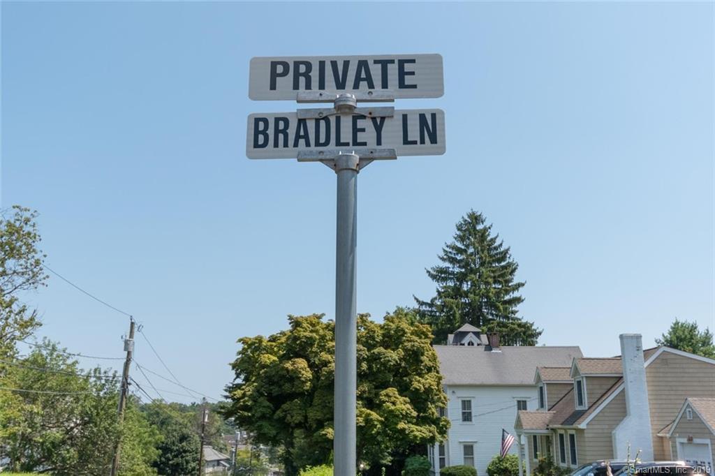 501 Bradley Lane Unit: 501