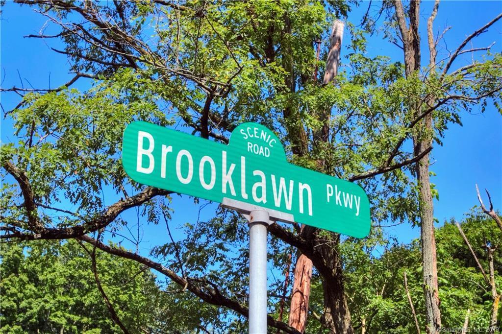 87 Brooklawn Parkway