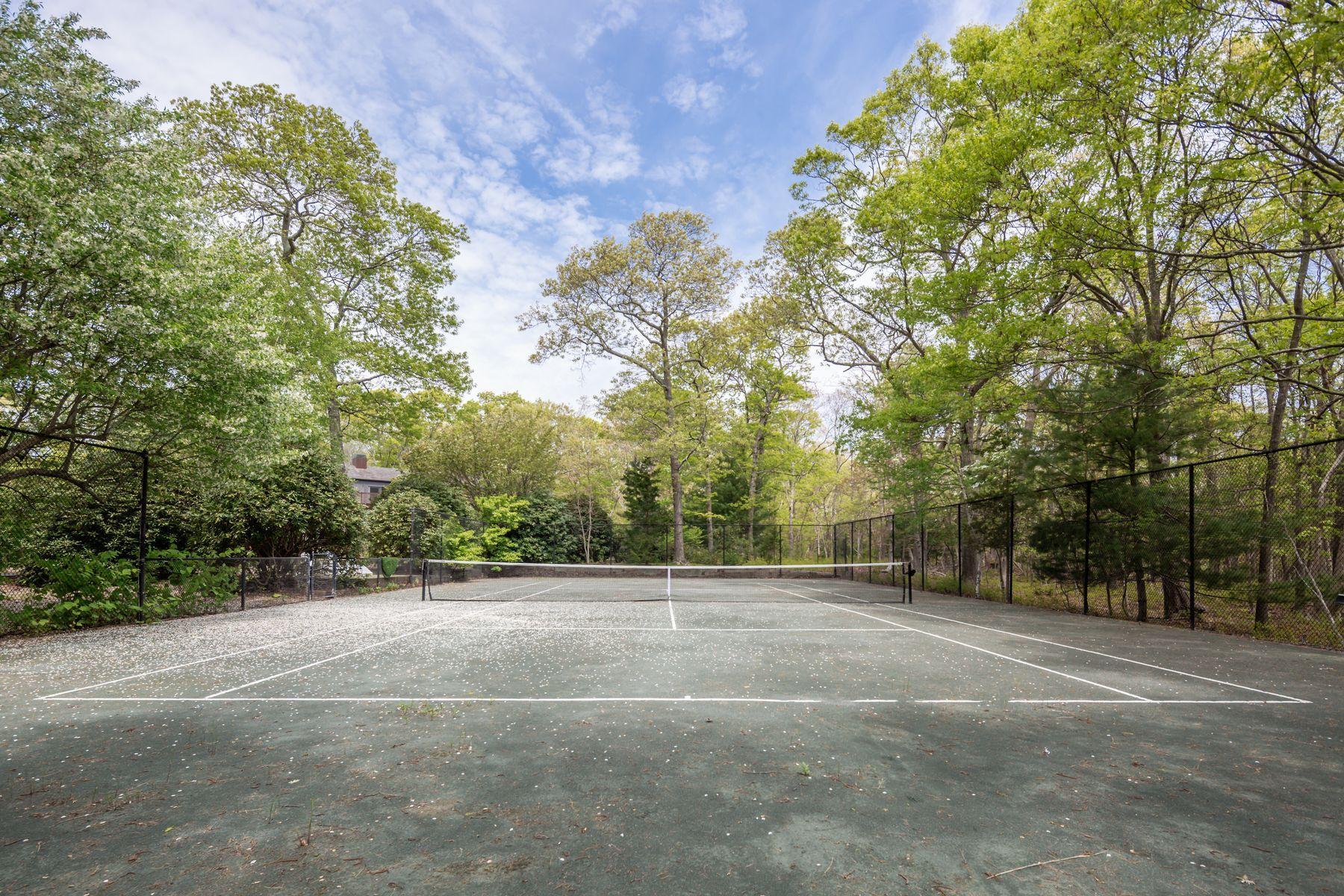 19 Beechwood Court