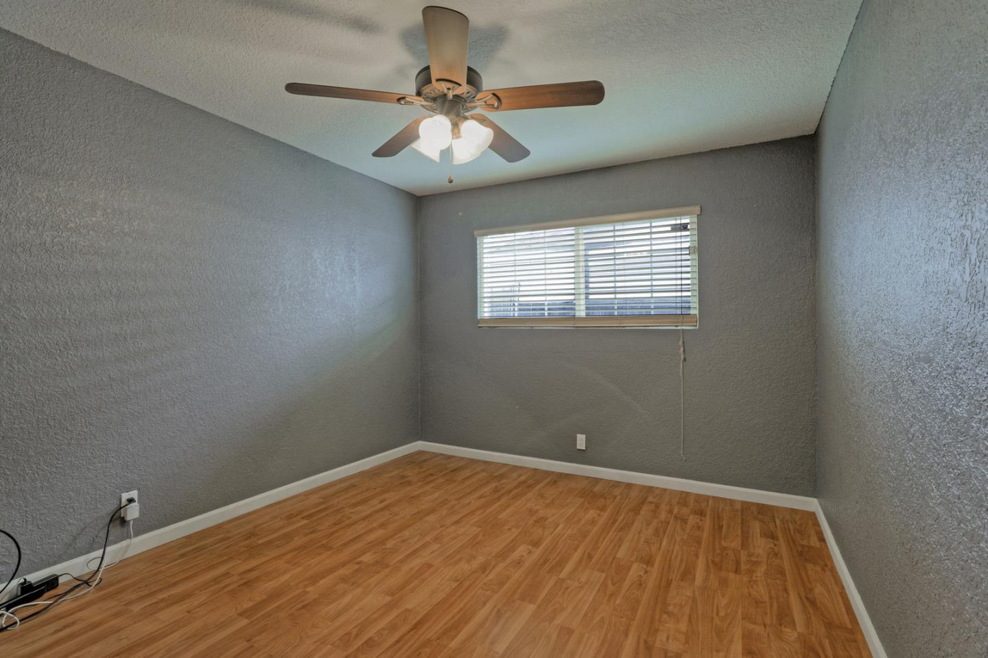 1607 Mount Herman DR preview