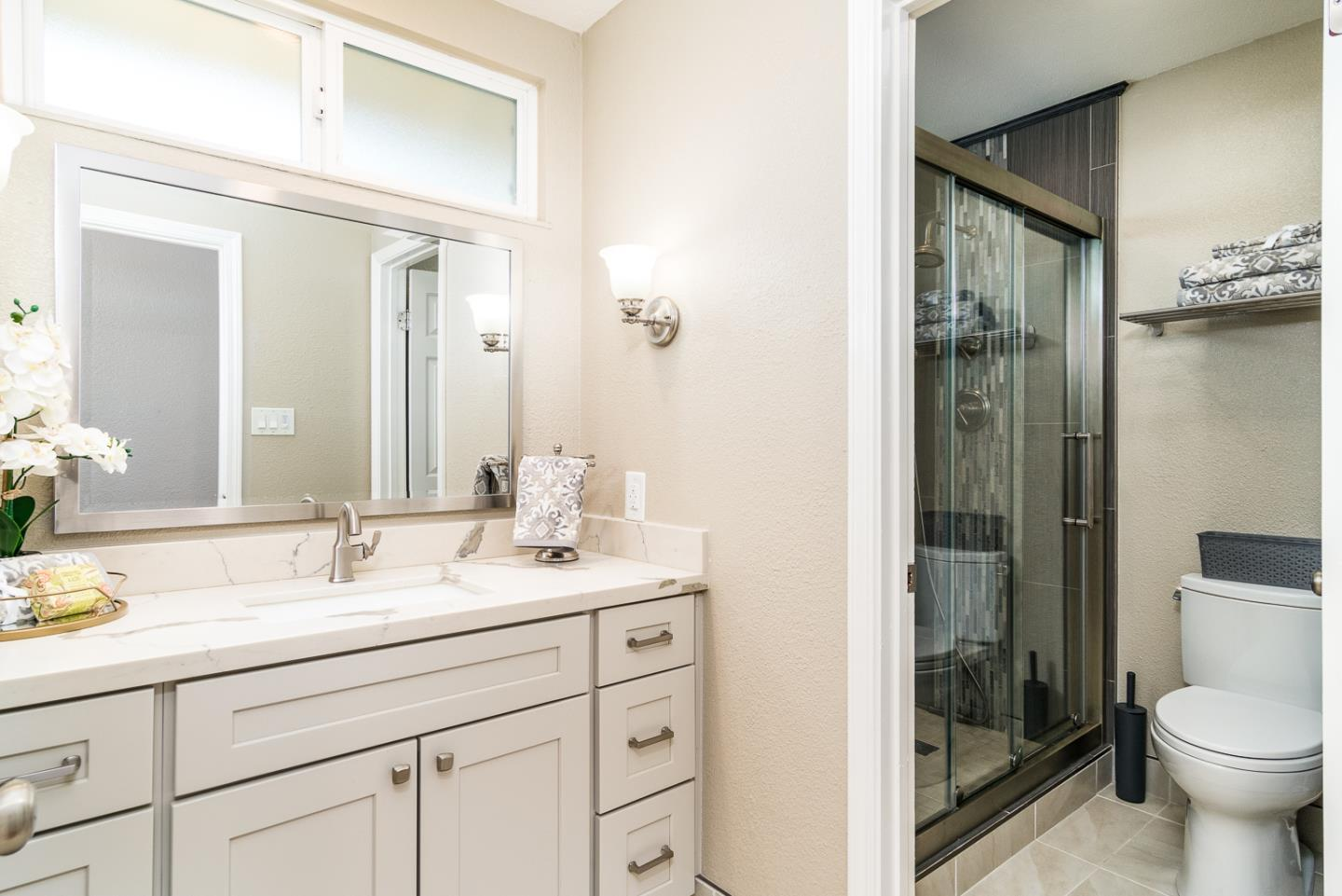 2820 Old Estates CT preview