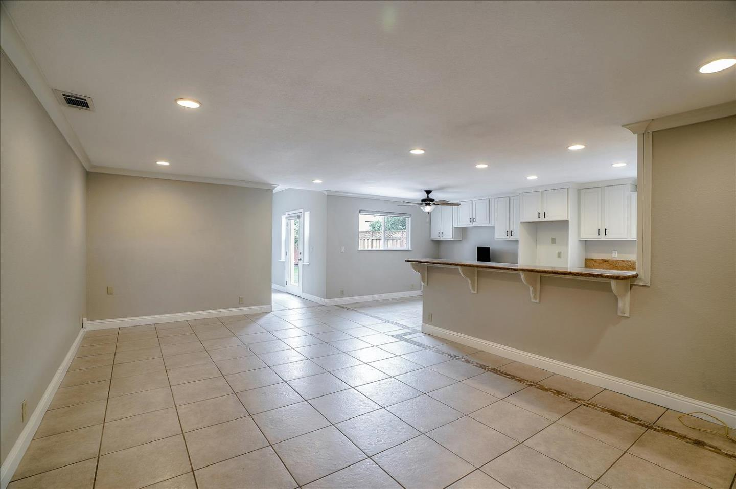 545 Biscayne CT preview