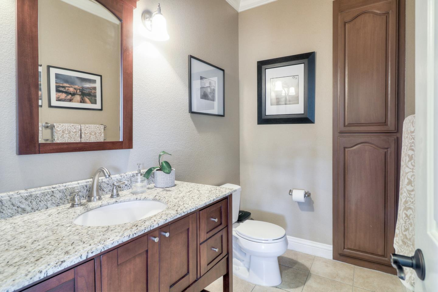 4831 Redwood Retreat RD preview