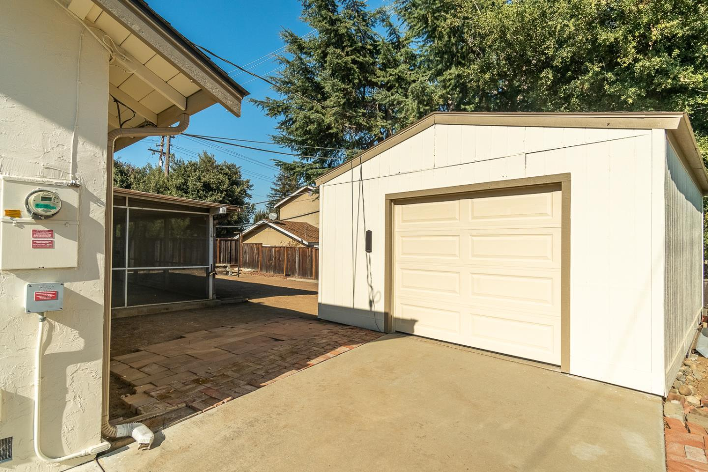 3820 Forestwood DR photo