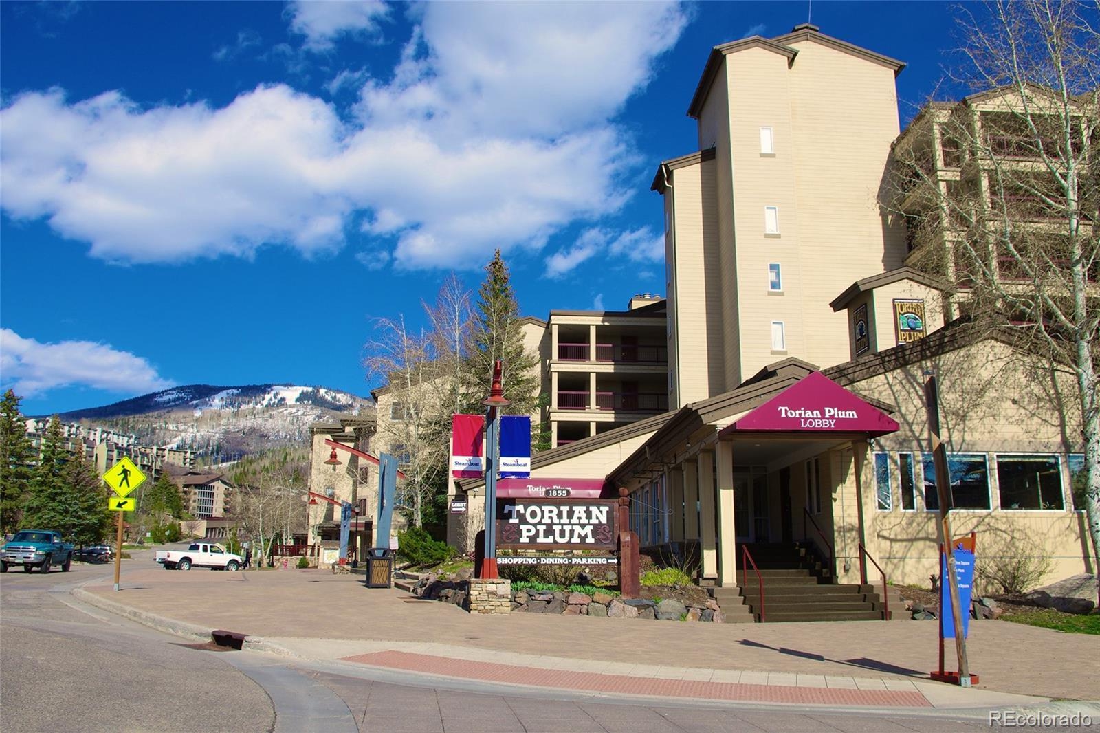1855  Ski Time Square Drive  203 photo