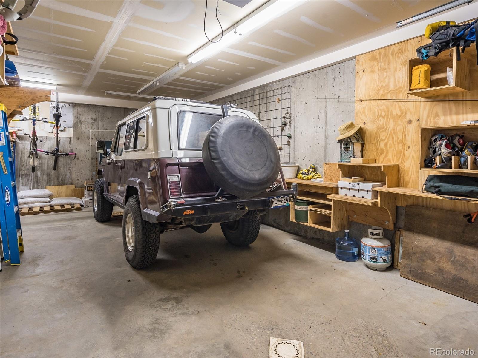 22860  Snowbird Trail photo