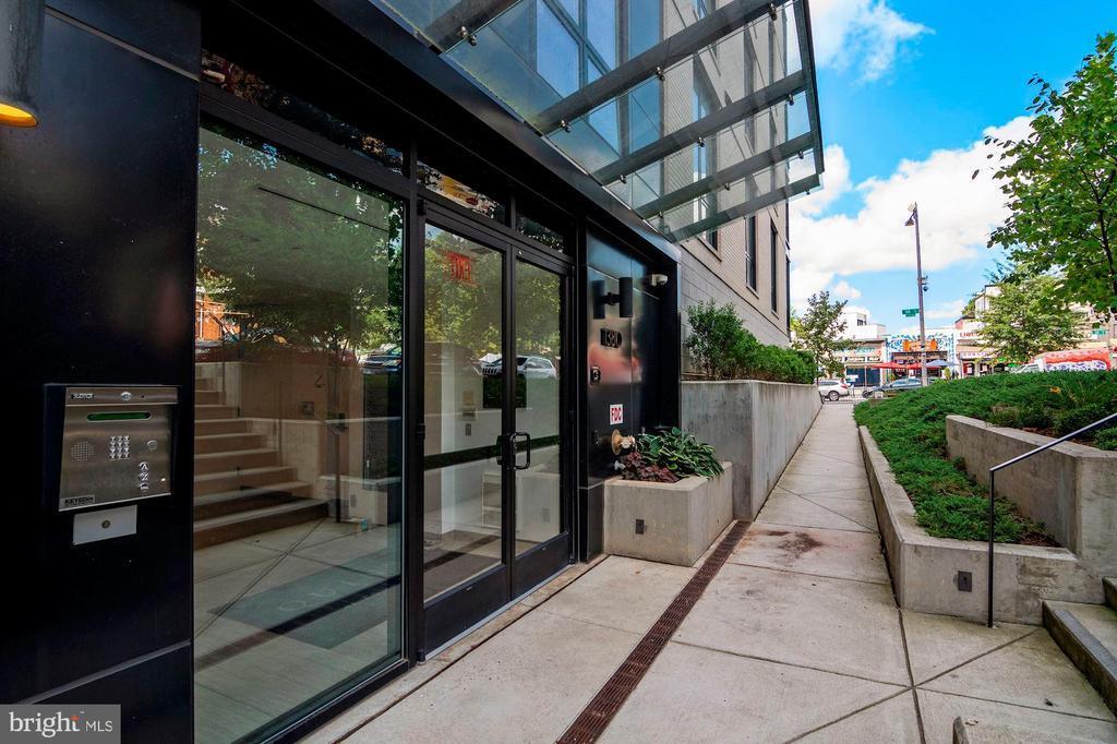1380 QUINCY STREET NW Unit: 4-B photo