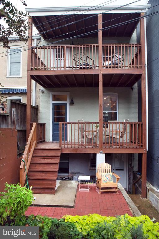 438 10TH STREET NE photo