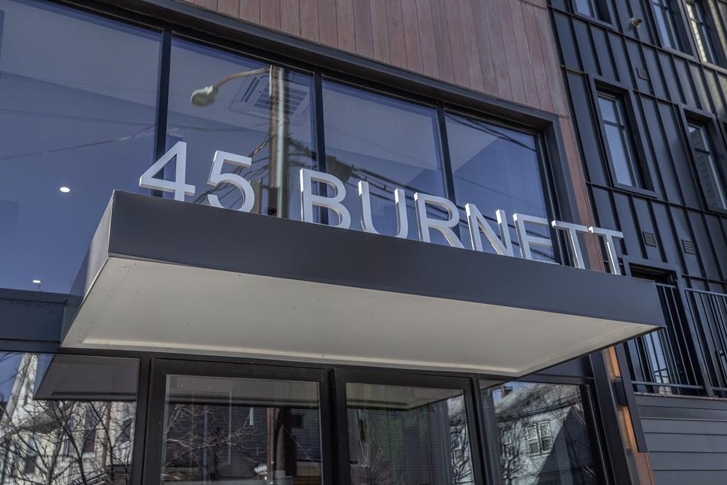 45 Burnett St Unit: 401A photo