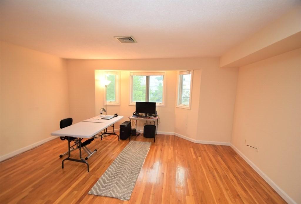 618 Boston Ave. Unit: 3C photo