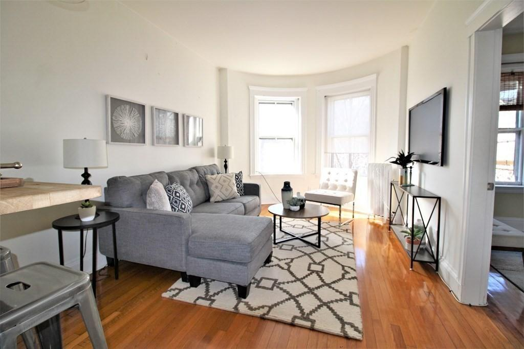 Coolidge Corner Upper Floor 1BR Condo preview