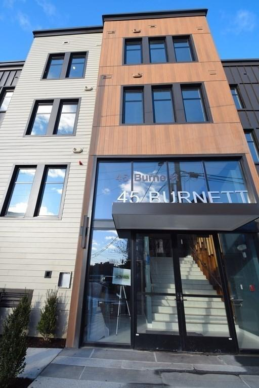 45 Burnett St. Unit: 402 preview