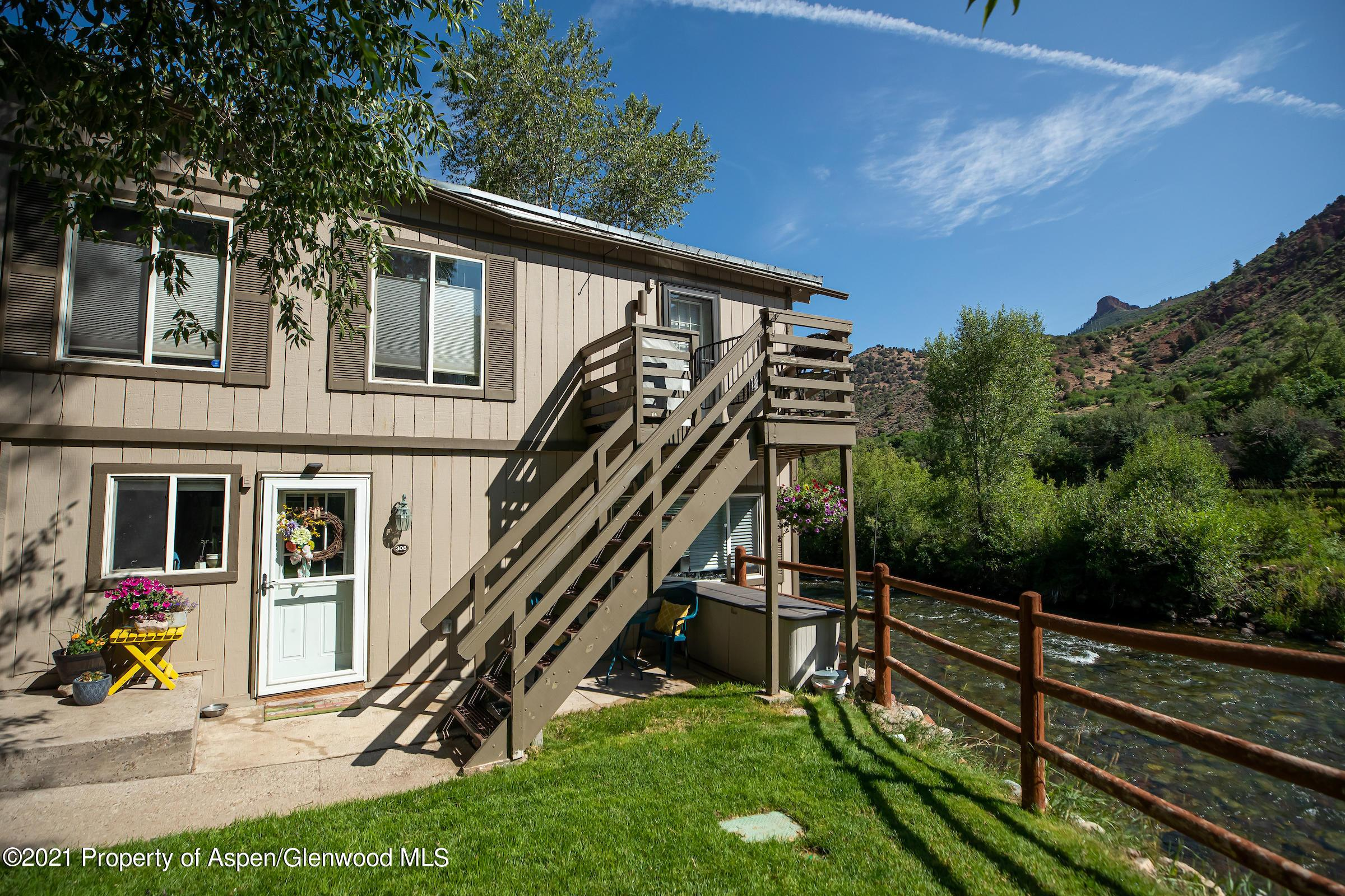 308 Waterview Drive photo