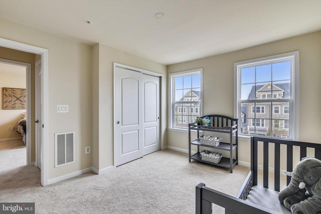 42621 CAPITOL VIEW TER photo
