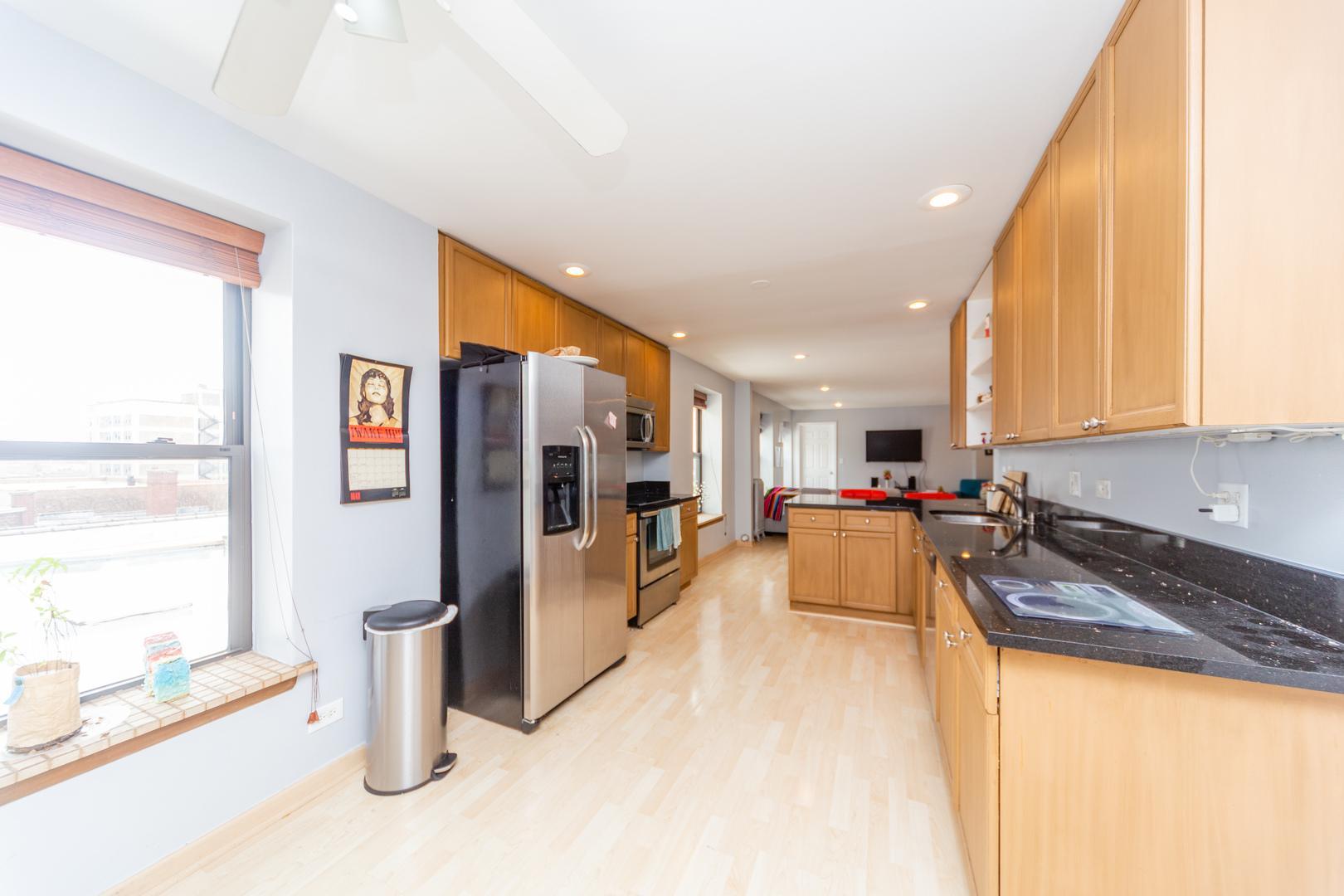 5646 N Kenmore  Avenue, Unit 6B preview