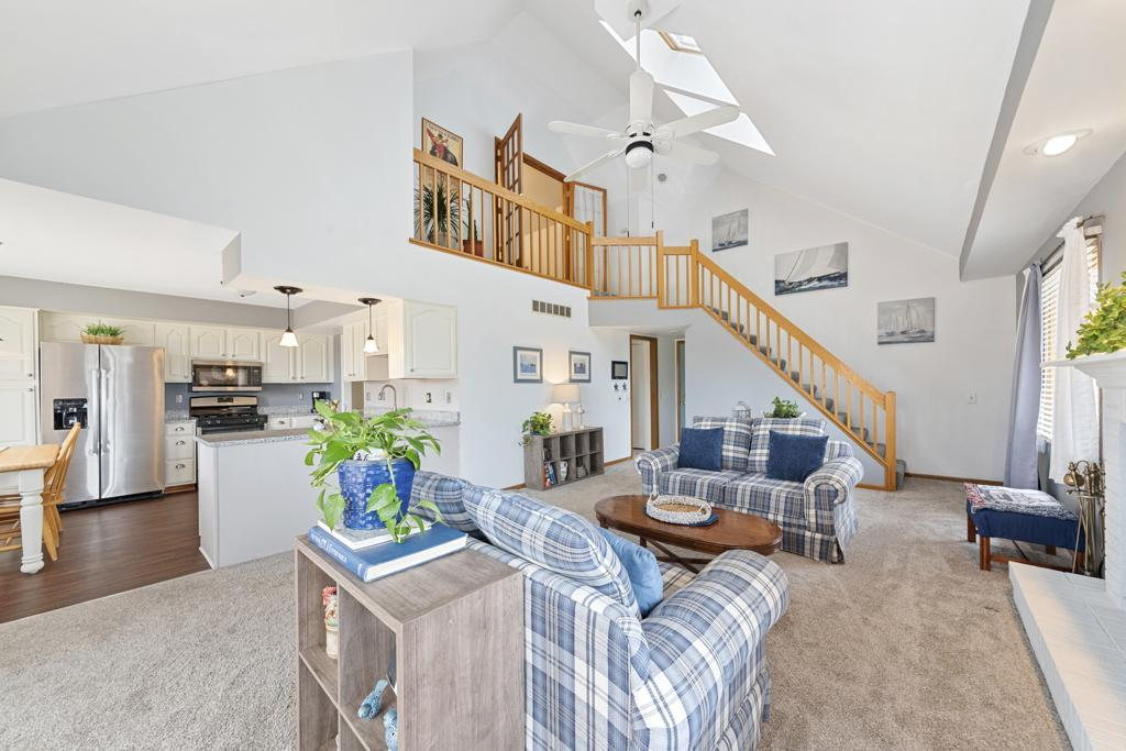 1025 Fox Valley Drive preview