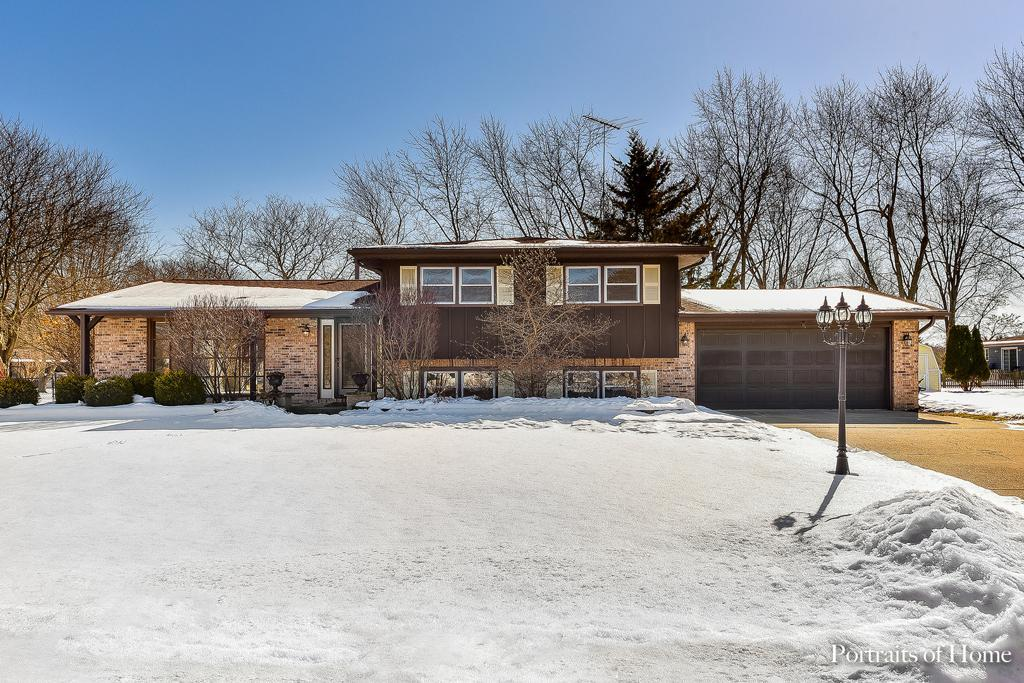 24741 W Easy Street preview