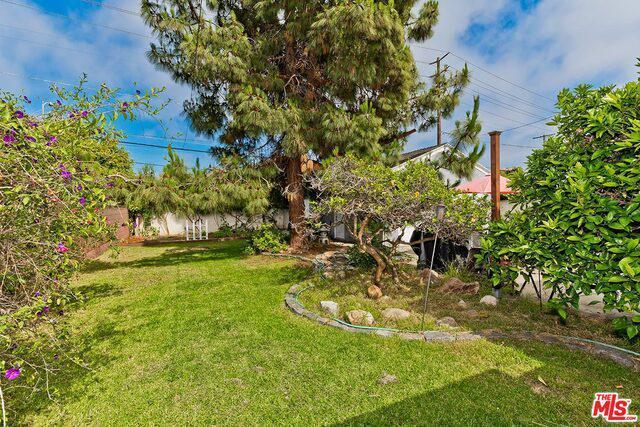 8210 Alverstone Ave photo