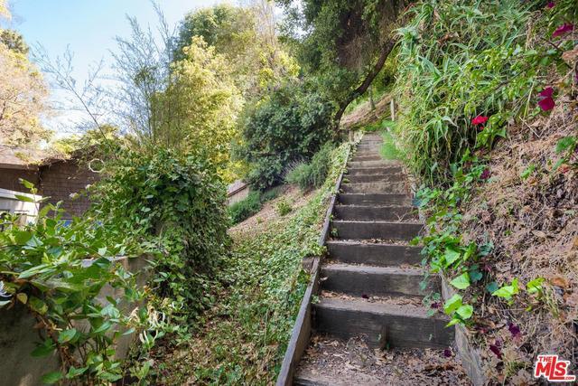 435 Hillside Ln photo
