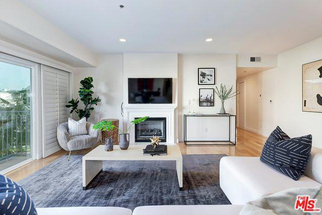 925 S WESTGATE AVE # 301 photo