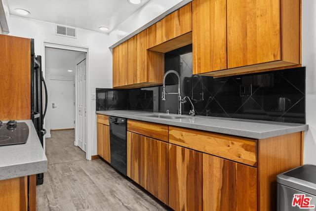 7250 Franklin Ave # 410 photo