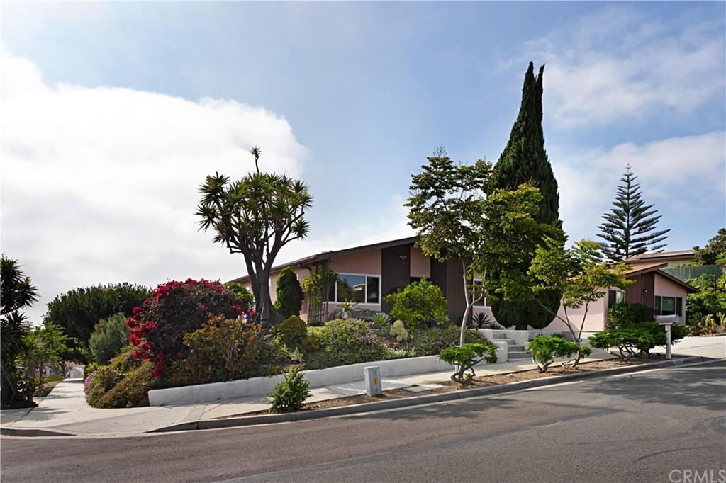 3235 Buena Hills Drive photo
