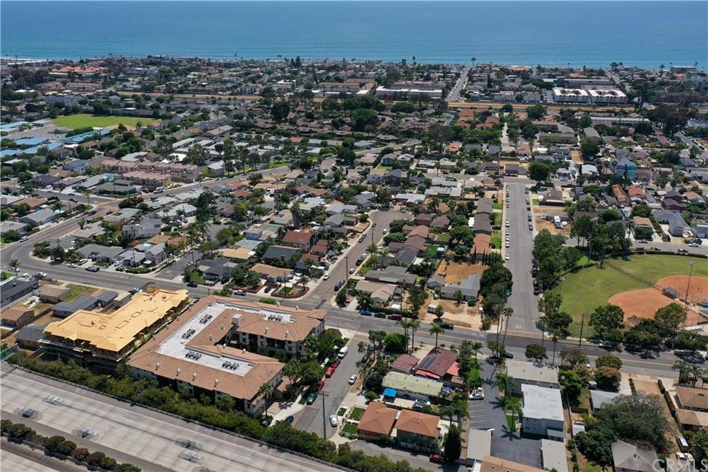 910 Palm Avenue photo