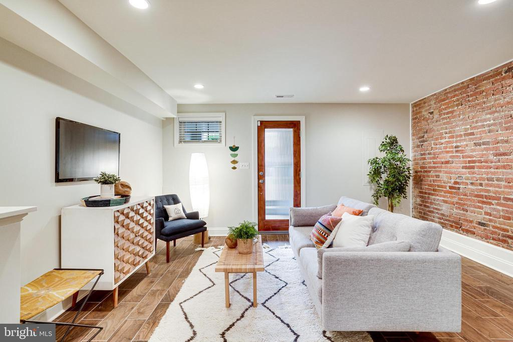 234 14TH ST SE preview