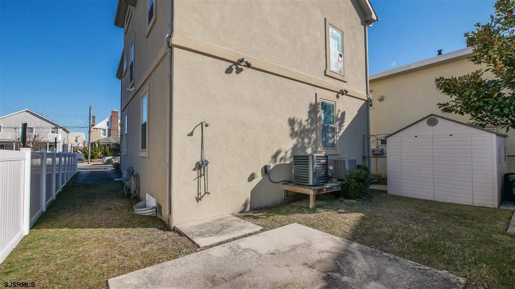 10 S Frontenac Ave Unit: 1 photo