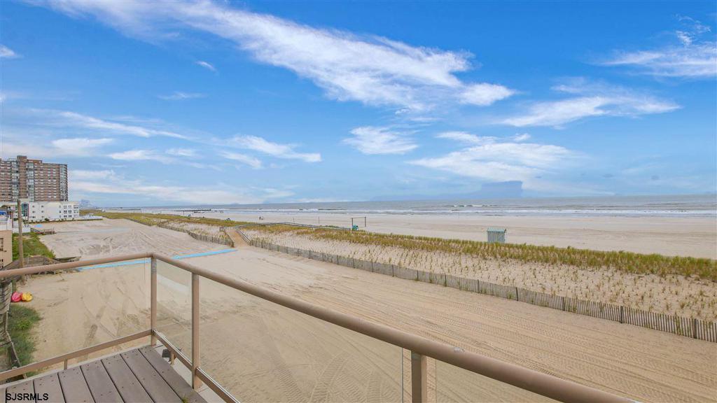 9509 Beach Ave photo