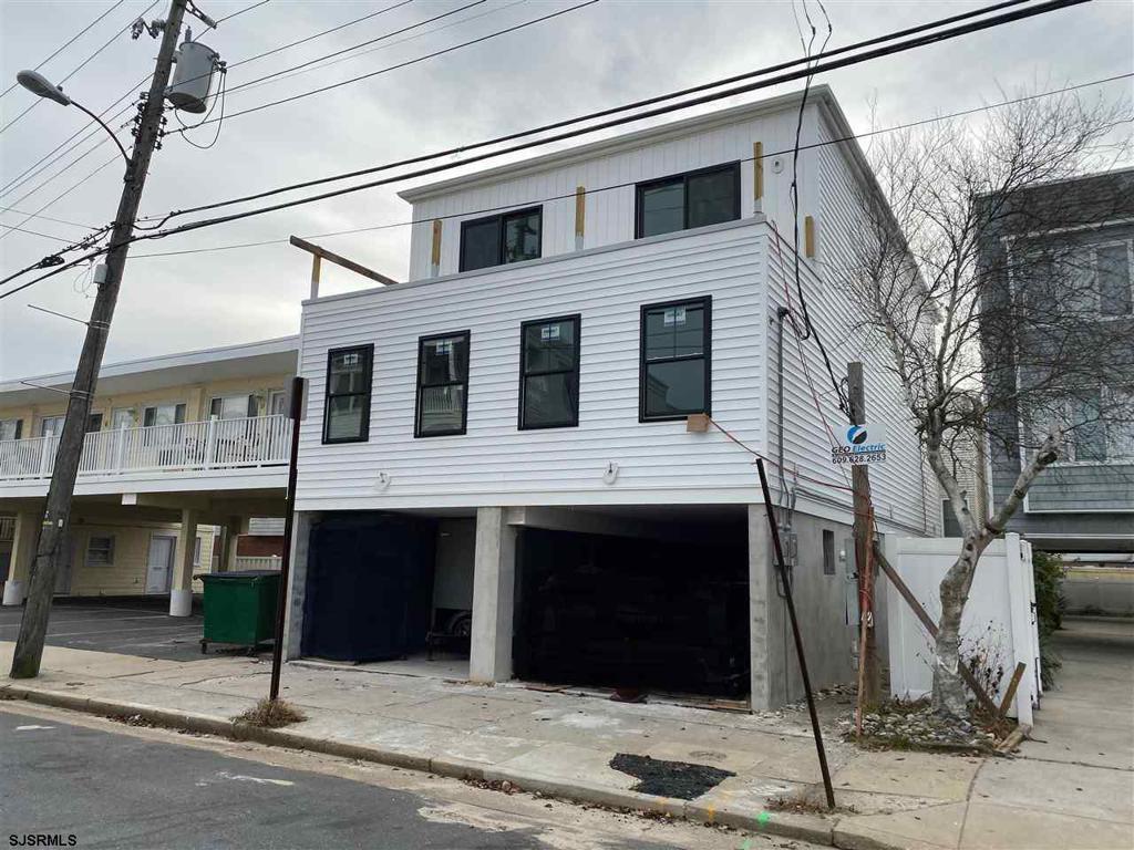 24 S Washington Ave Unit: Second Floor photo