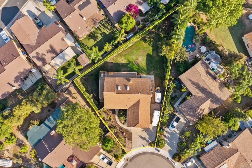 993 La Vonne Avenue photo