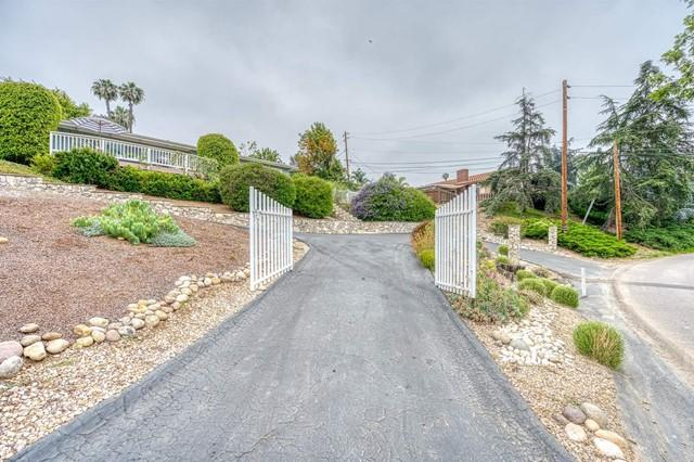 1425 Clarence Drive photo