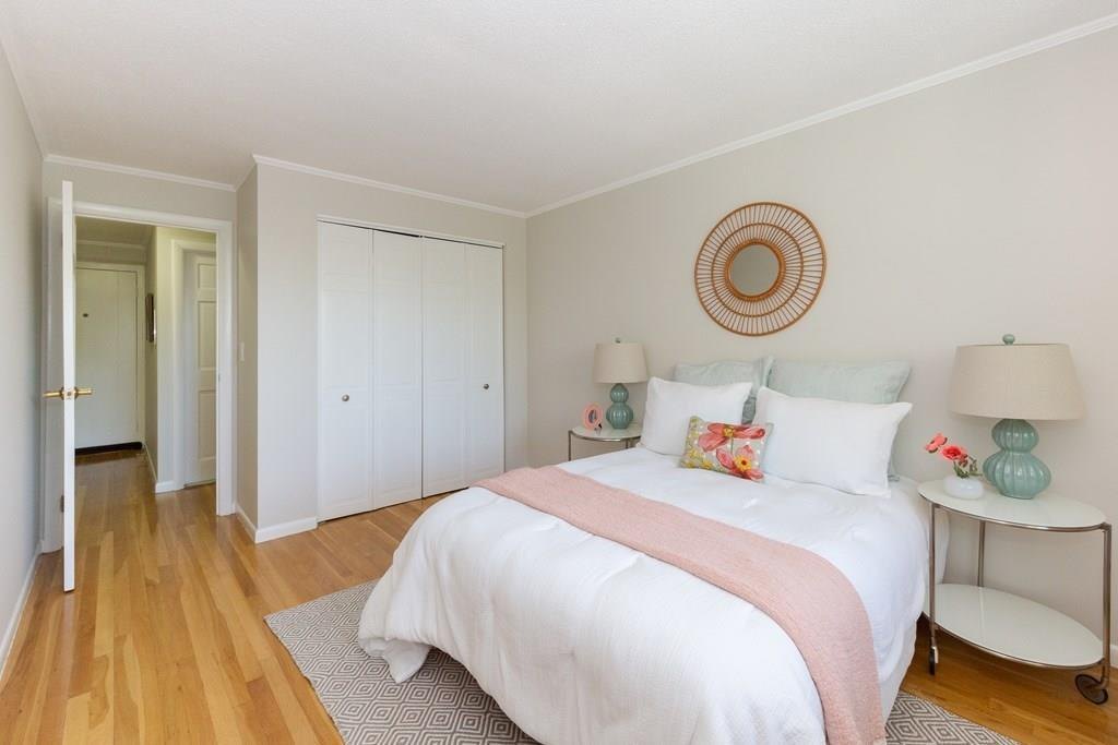 50 Green St Unit: 411 preview