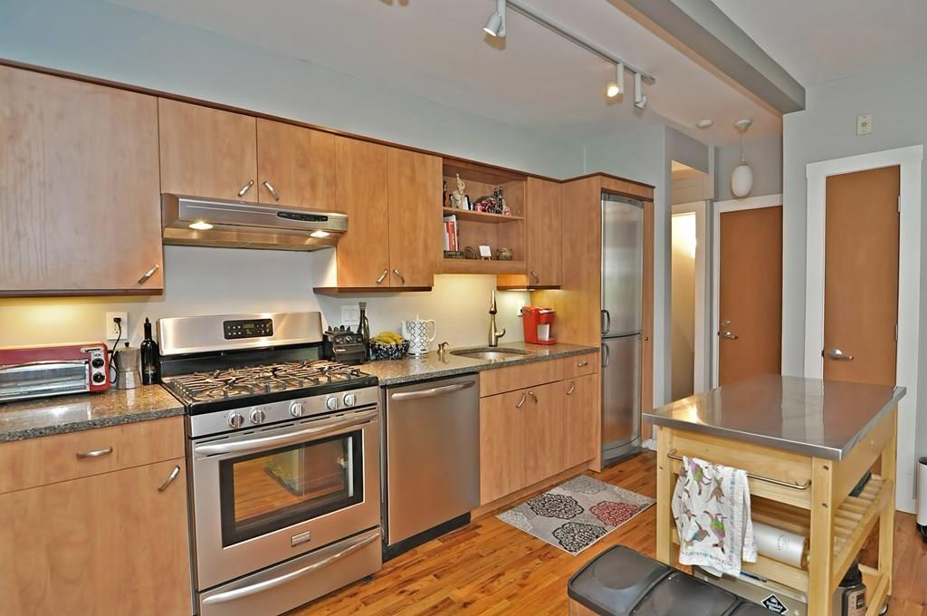 62 Hurley St Unit: 1 preview