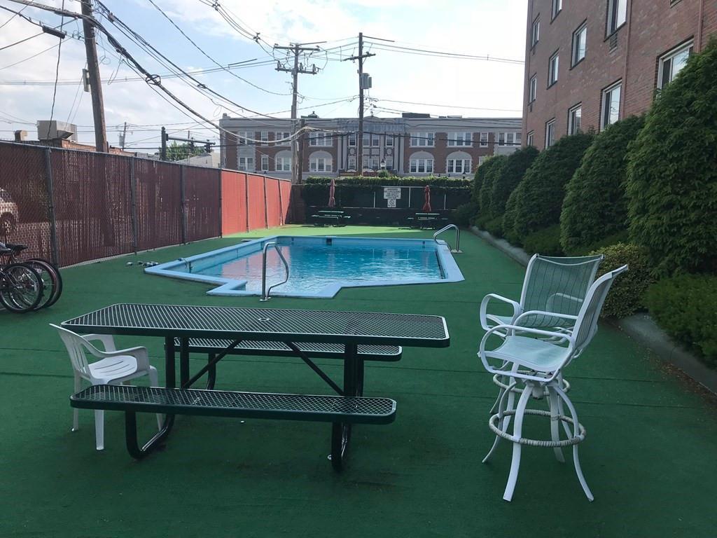 215 Massachusetts Ave Unit: 5 photo