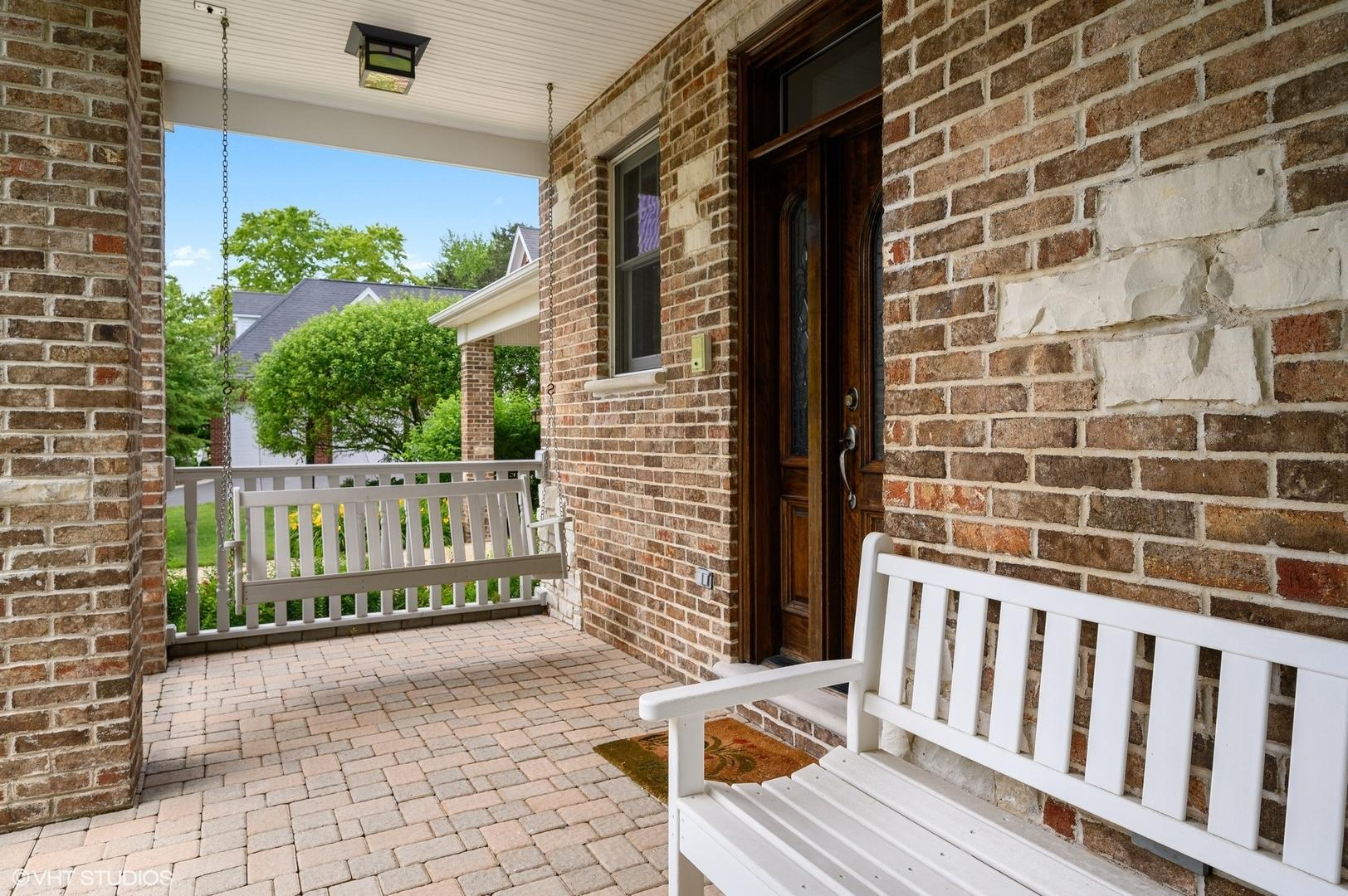 2732 Independence  Avenue preview