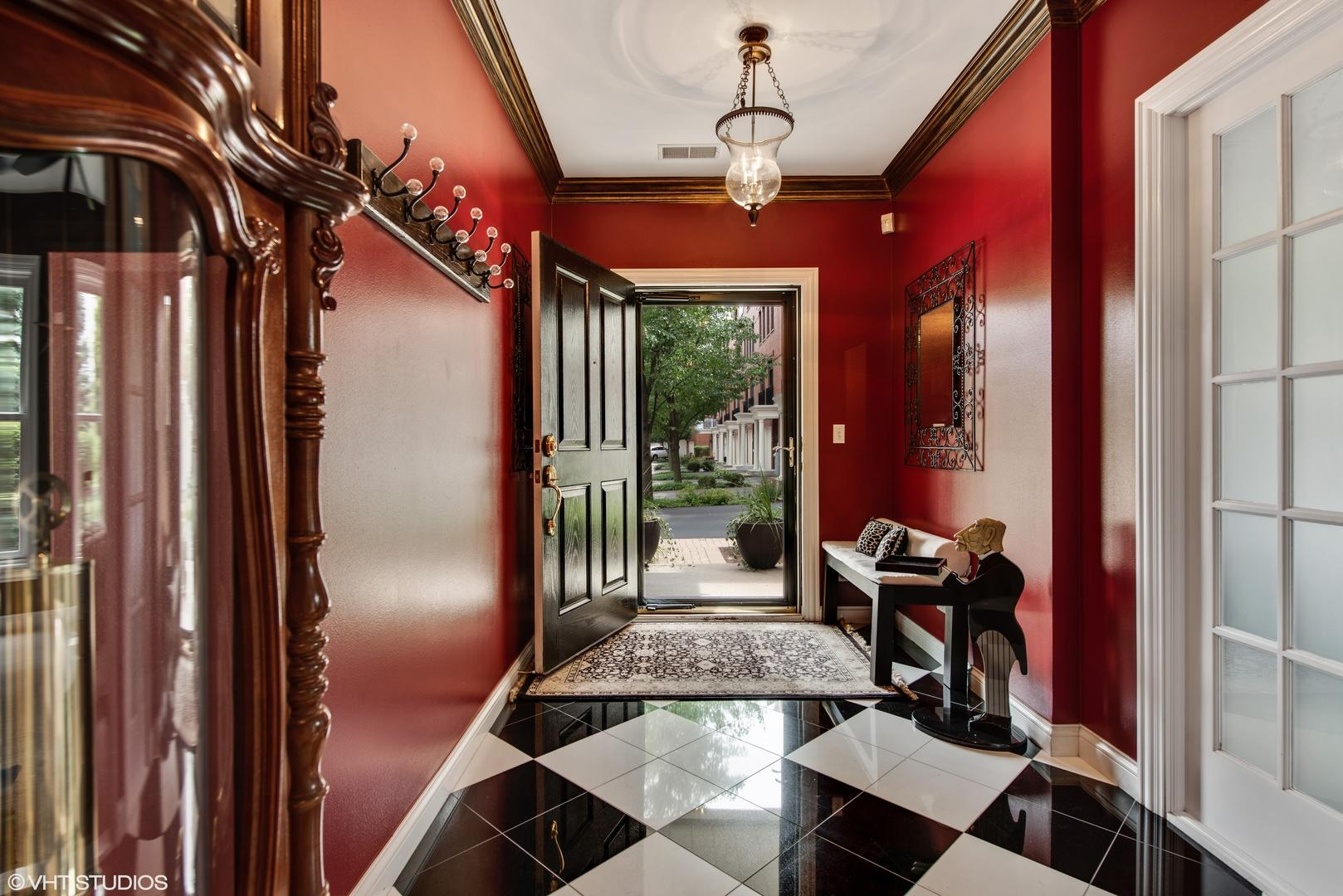 1867 Admiral  Court preview