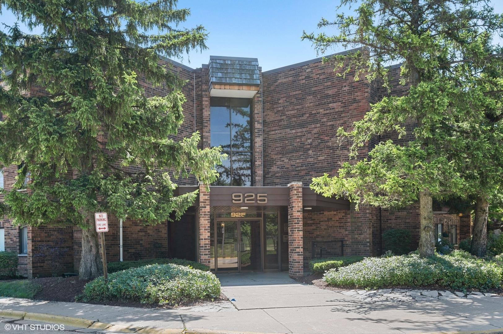 925 Spring Hill  Drive, Unit 204 preview