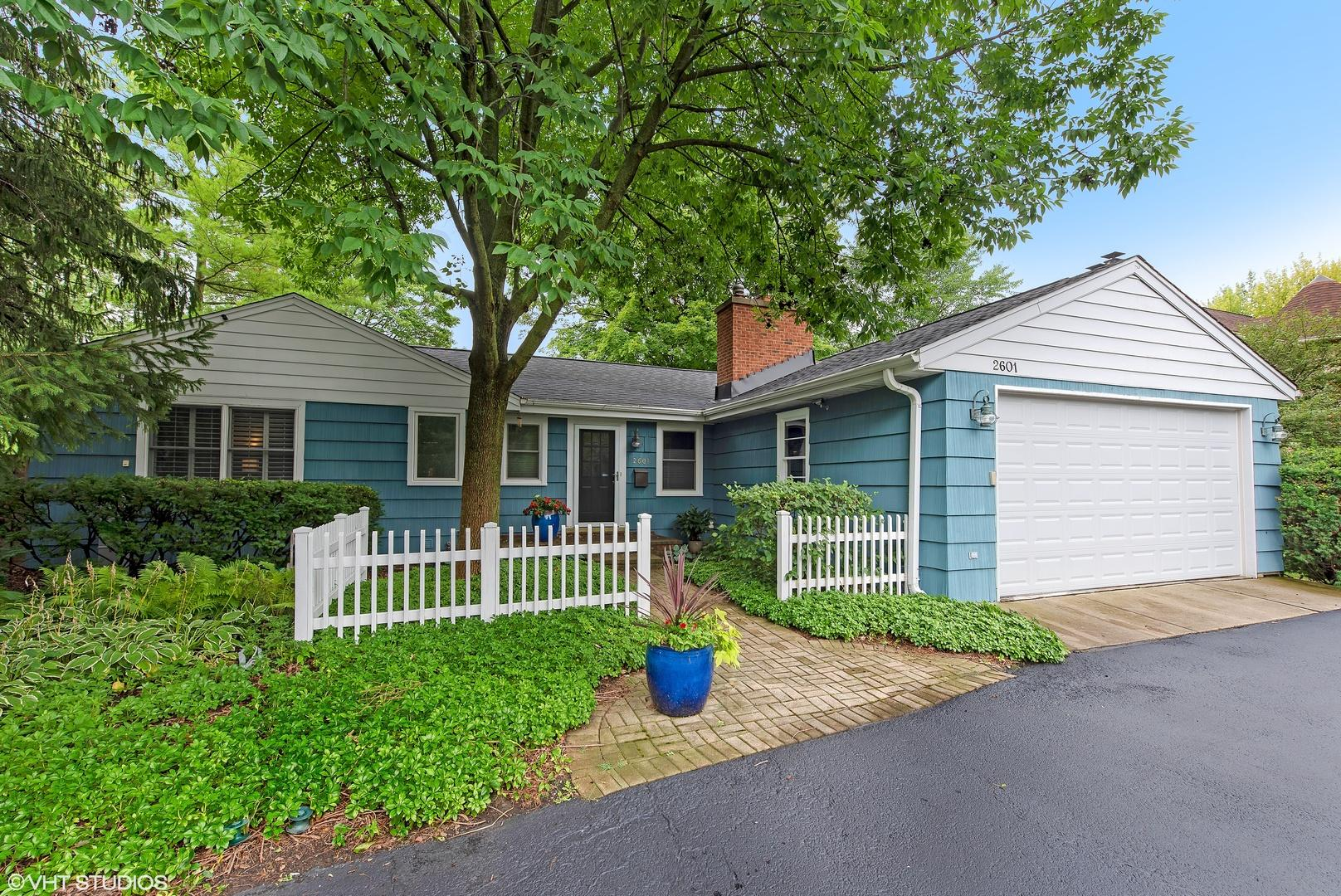 2601 Glenview  Road preview
