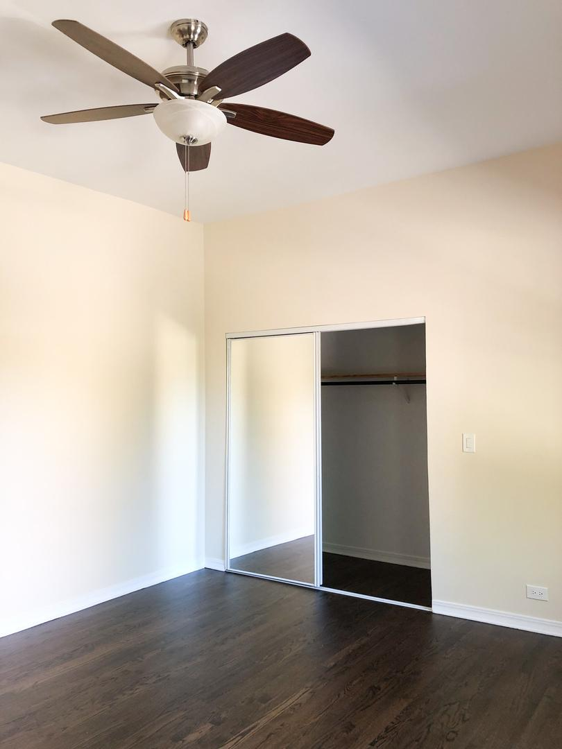 4265 N Lincoln  Avenue, Unit 2 preview