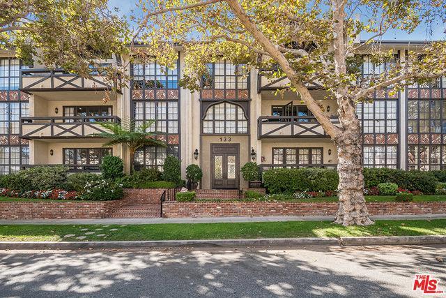 133 S Oakhurst Dr # 102   Beverly Hills photo