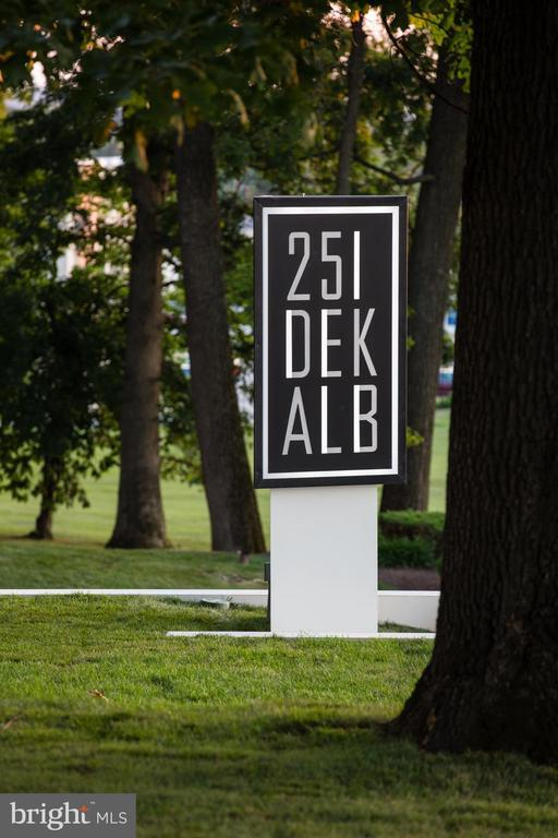 251 W DEKALB PIKE #WESTSTUDIO photo